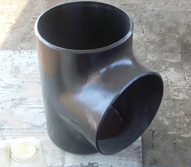 碳钢弯头/碳钢法兰生产厂家/河北乾盛管道